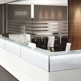 Arredo ufficio arredamento e mobili per ufficio su misura for Reception ufficio