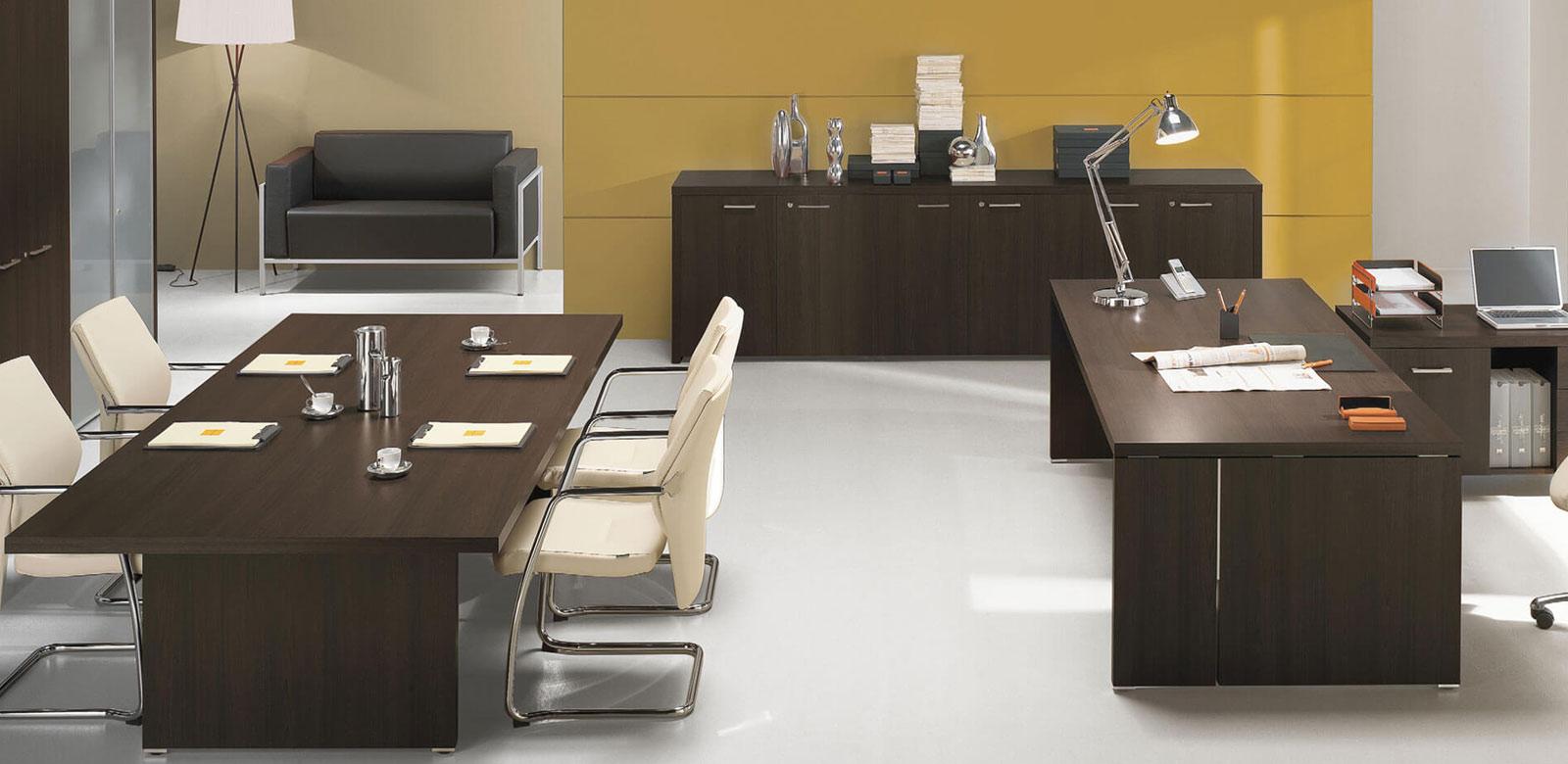 Arredo ufficio completo free sale attesa tavoli for Arredamento ufficio completo economico